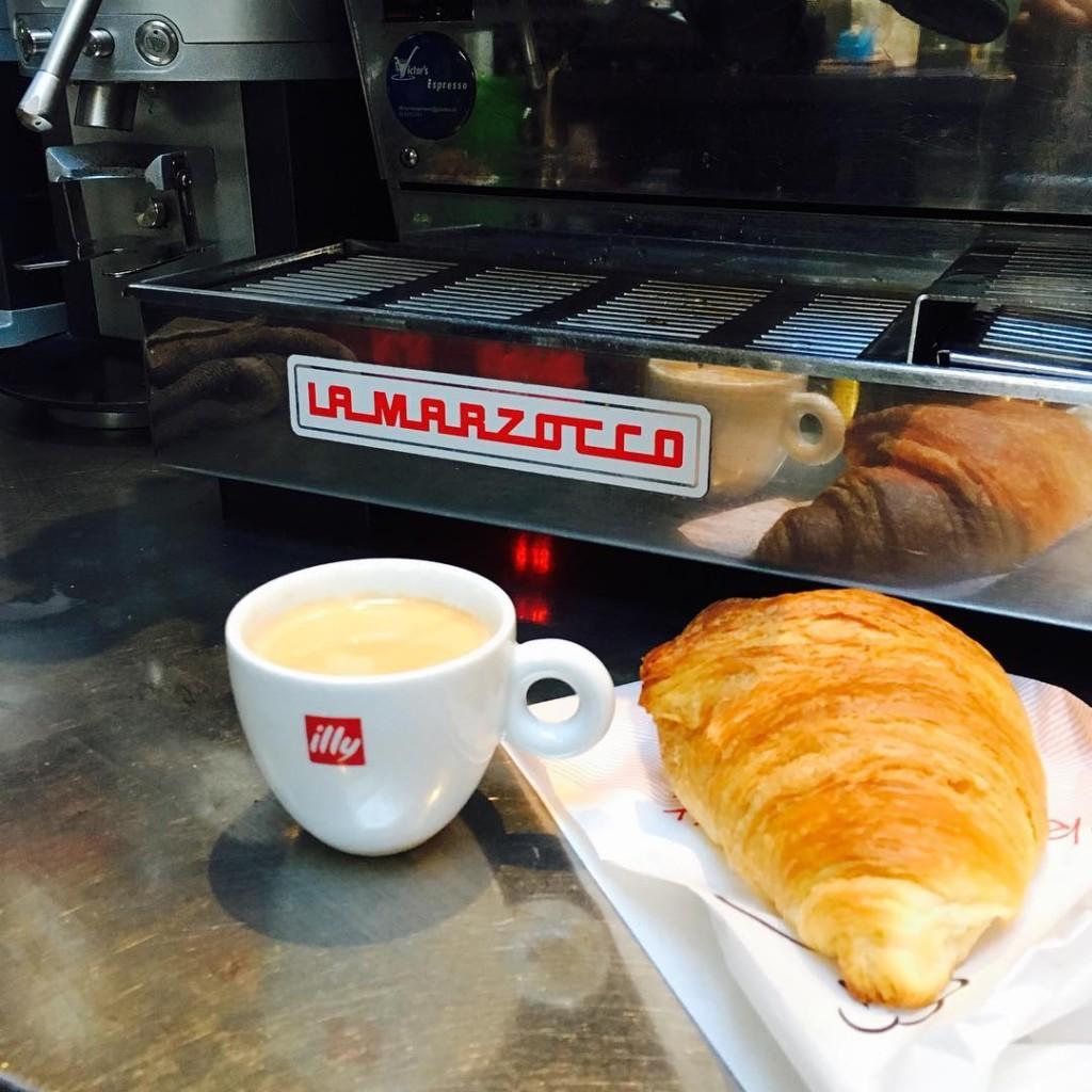 COFFEE amp CROISSANT  De dag rustig beginnen met koffiehellip
